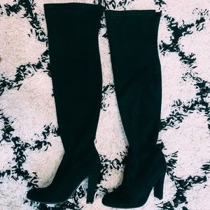 """Gorgeous"" thigh high boots!"